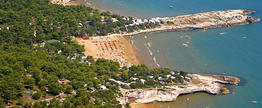 Spiaggia di Punta Lunga ideale per bambini e famiglie