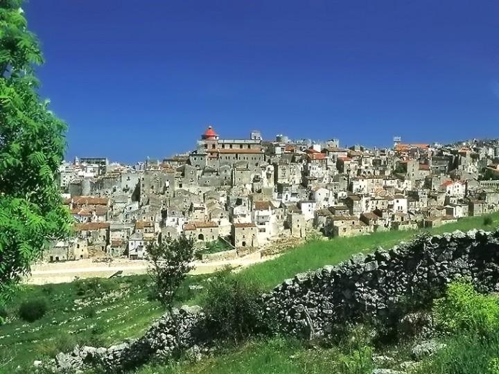 Vico_del_Gargano_panorama
