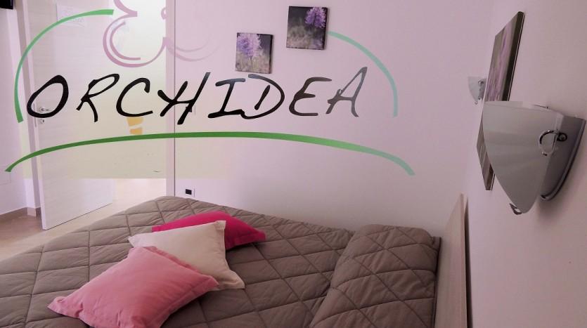 La camera Orchidea nella sua semplice ricercatezza.
