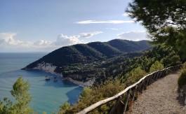 sentiero-dell-amore-baia-dei-mergoli-viganotica-gargano