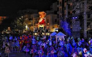 Manfredonia - Golden Night del martedì grasso @ Manfredonia | Puglia | Italia