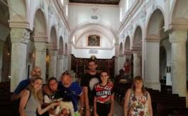 vieste-turisti-a-4-zampe