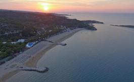 baia-dei-lombardi-spiaggia