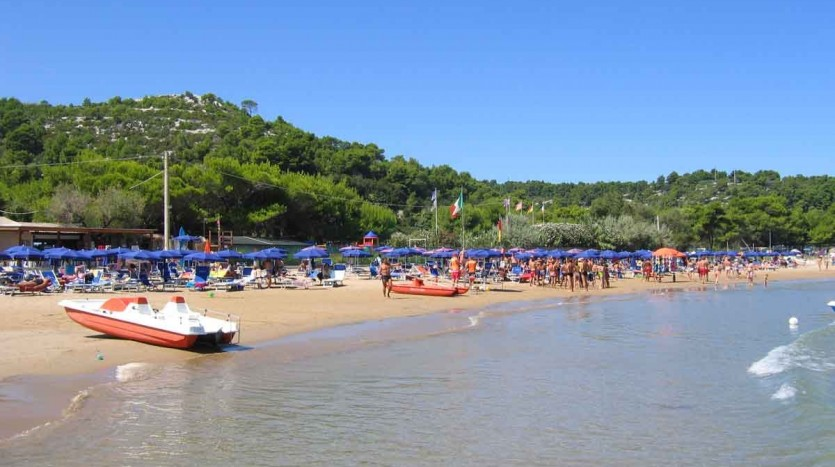 covo-dei-saracini-spiaggia1